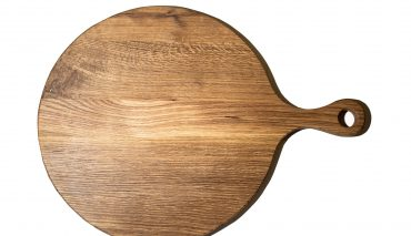 White Oak Round Board with handle – medium